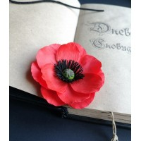 Brooch in the form of a poppy flower