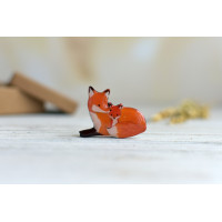 Charming small brooches - in the form of foxes