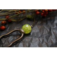 Hairpin with light Green bead